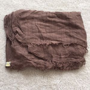 American Eagle thin weave cotton scarf